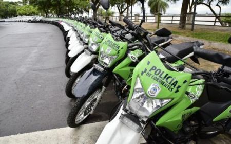 El Gobierno alista entrega de 100 motos y 40 camionetas para la seguridad