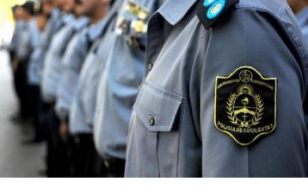 Policías removidos: por dormir en su guardia y otro por pedir helado