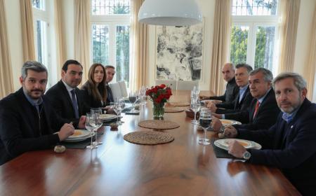 Valdés almorzó con Macri, Pichetto, Vidal, Morales, Peña y Frigerio