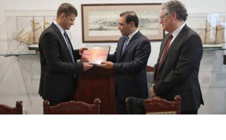 El Gobernador Valdés inició sus actividades en la capital de Letonia