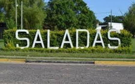 La Reina de la Fiesta Regional de Alpargata demorada por agredir a su madre