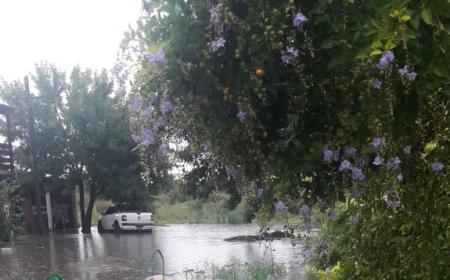 Intensas precipitaciones complicaron algunos barrios en Empedrado