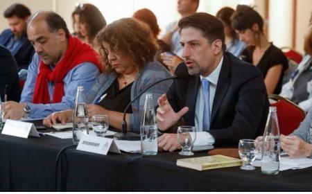 El Gobierno hará una propuesta concreta a los docentes el miércoles próximo