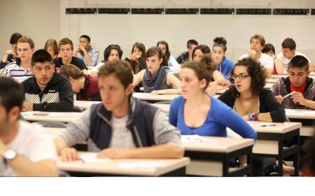 Se definió el protocolo para la vuelta a clases en las universidades: control de temperatura, tapabocas y distanciamiento