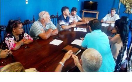 Acuerdo paritario municipal de un 8%, con revisión en noviembre