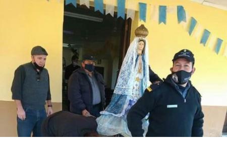 La gray católica de Pago de los Deseos, honró a su patrona